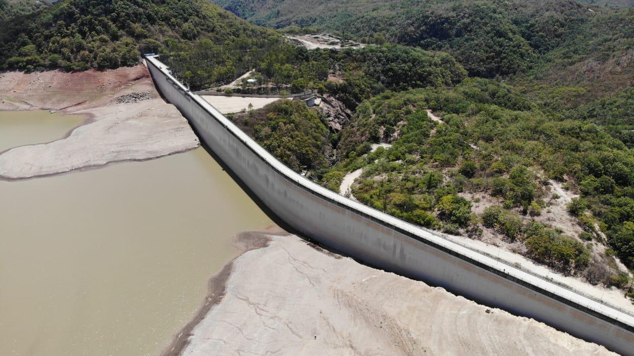 Coronavirus: SANAA advierte que cortará el agua a personas que la desperdicien durante la cuarentena
