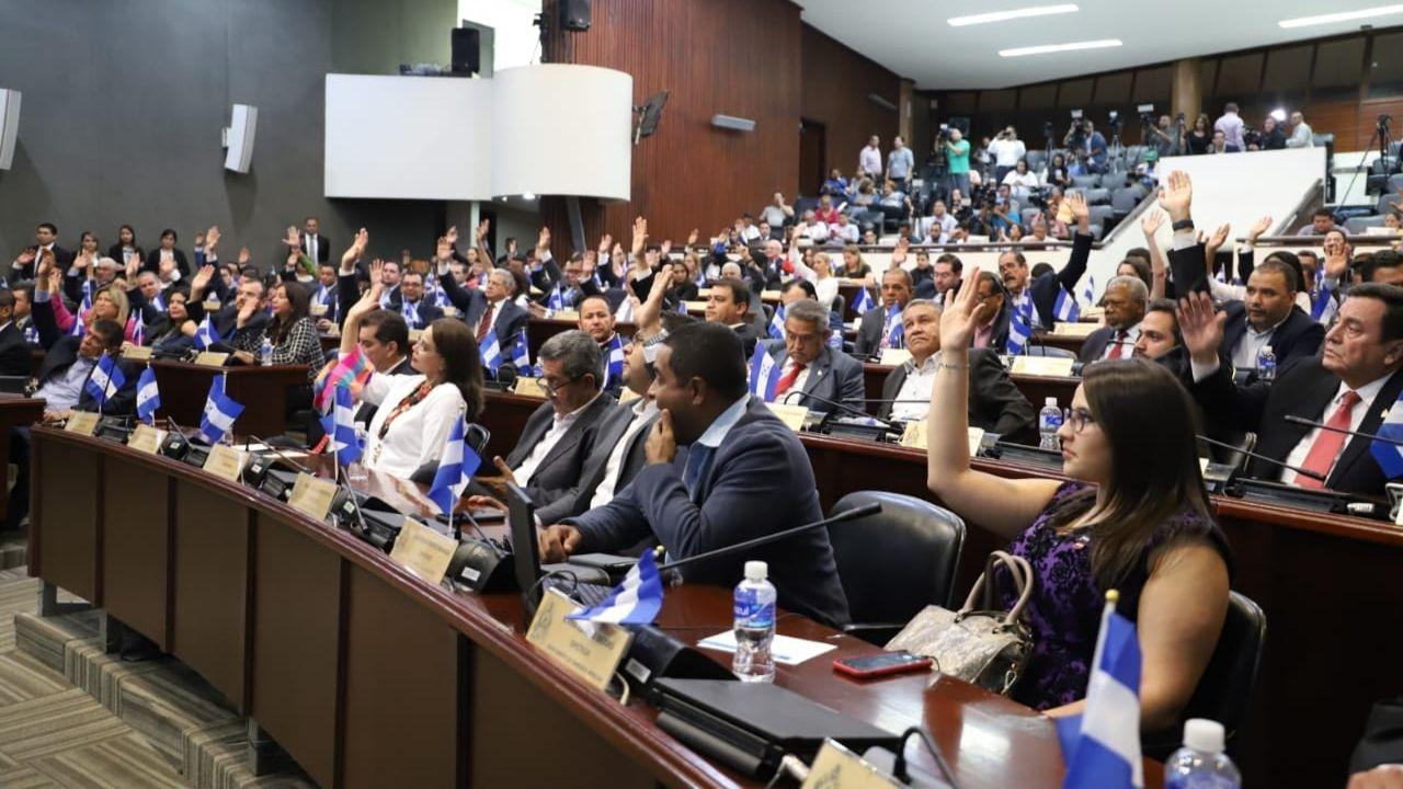 Reducción de diputados en Honduras.