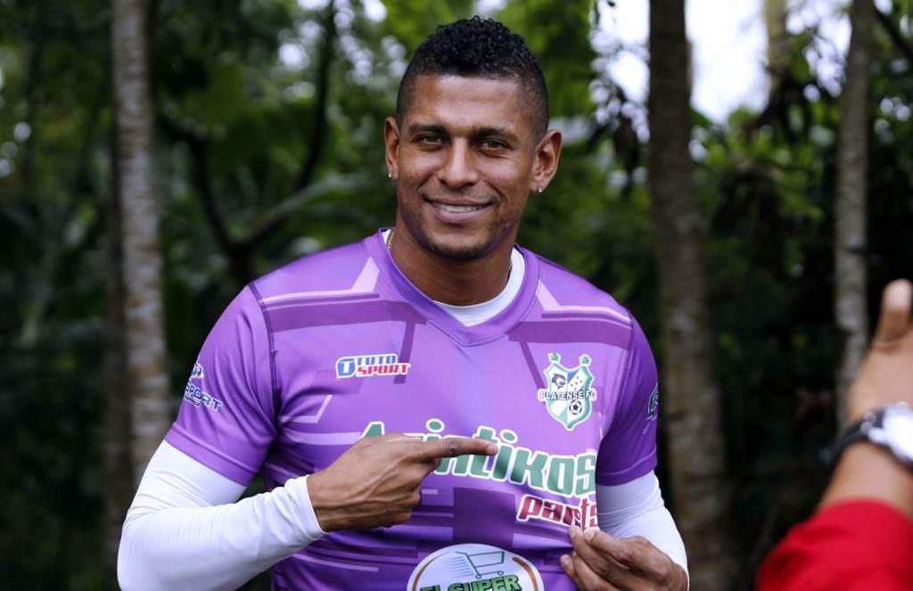 Costly jugará un torneo más con el equipo de Puerto Cortés.