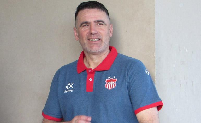 Fernando Araújo viajó a Uruguay hace 14 días.