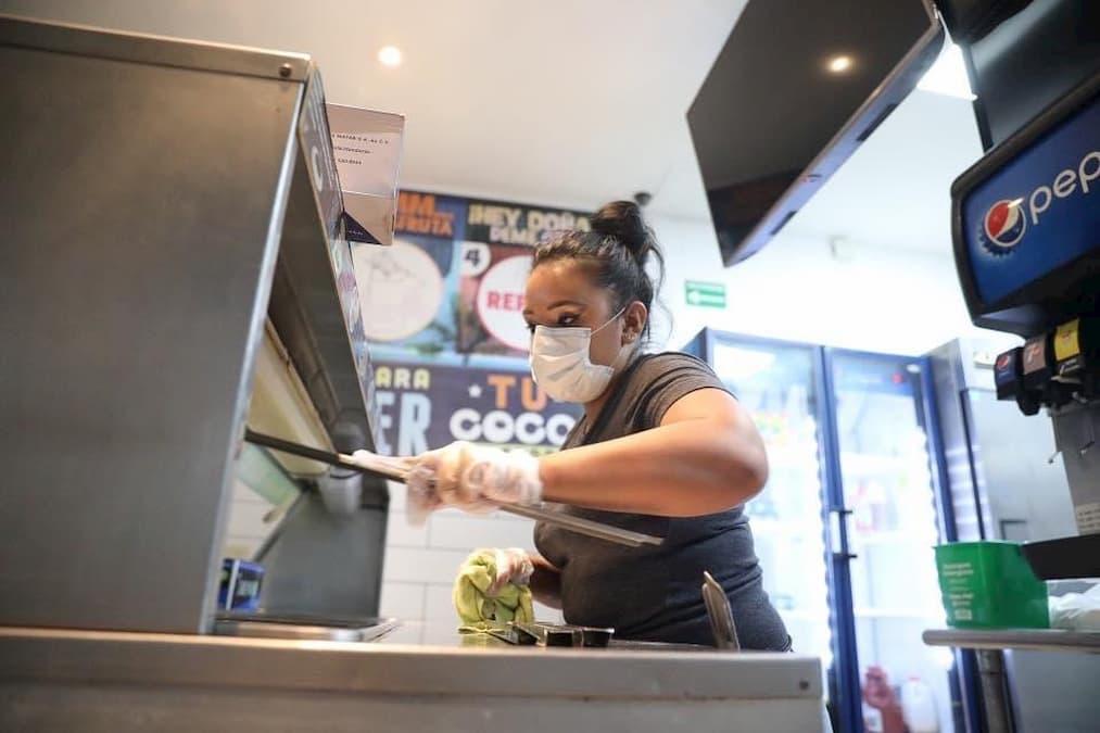 De exitosa califica la Empresa Privada el día uno de prueba piloto de apertura de restaurantes