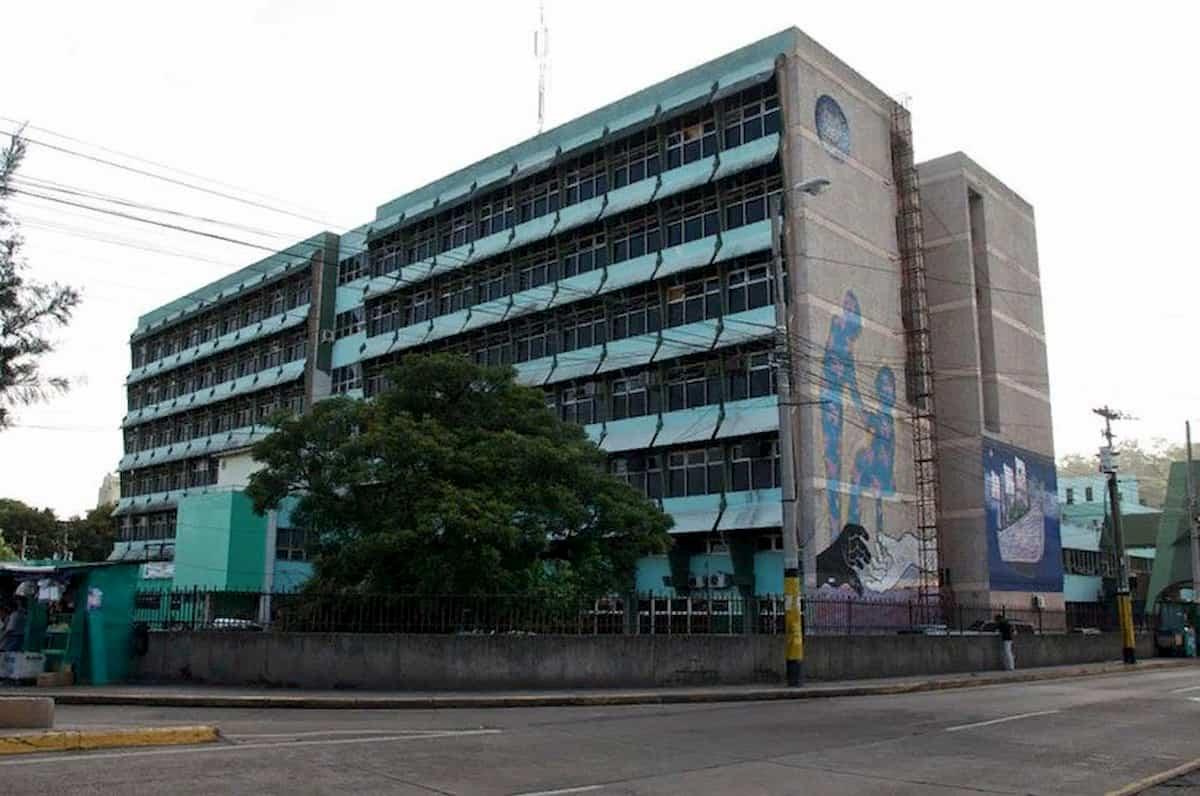Hospital Escuela: 13 empleados contagiados por covid-19 y cinco bajo sospechas del virus