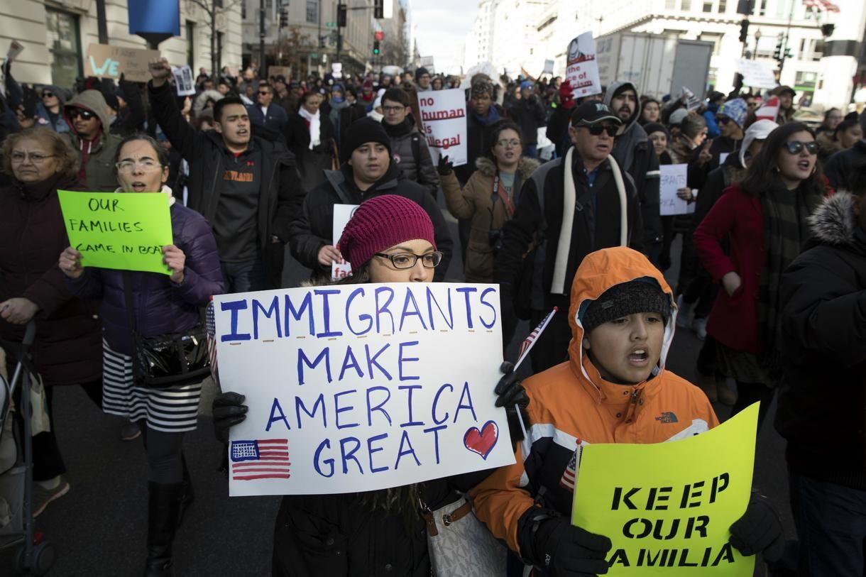 Por culpa del coronavirus inmigrantes serán deportados.