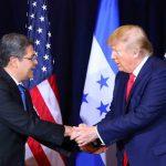 Presidente Hernández y su homologo Donald Trump. Foto Presidencia