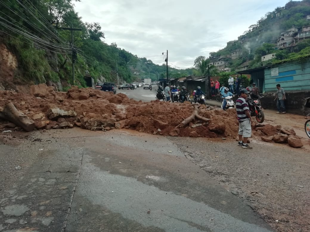 Más de 30 colonias de Tegucigalpa en riesgo por deslizamientos debido a  temporada lluviosa