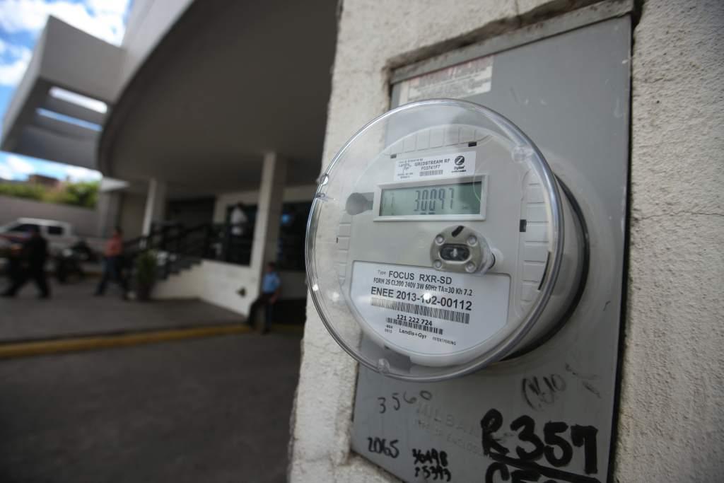 En un 14.87 por ciento bajará la tarifa de energía eléctrica en Honduras
