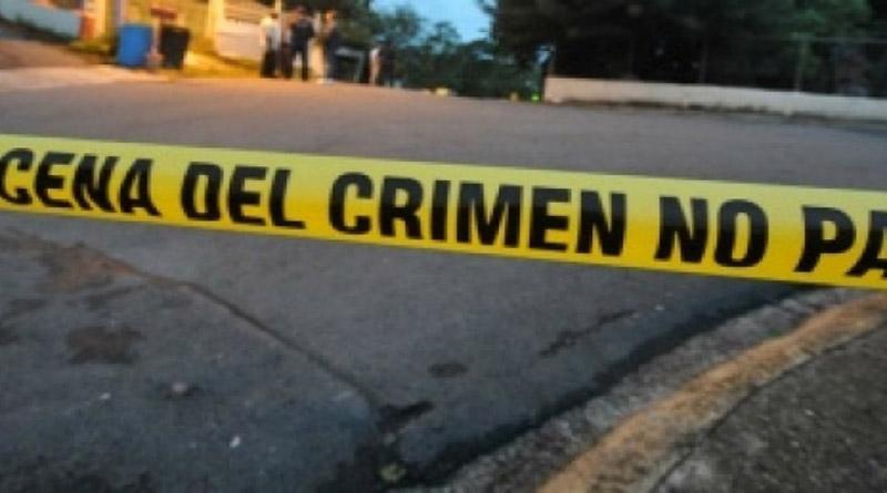 Hombre mata a su esposa con un hacha y luego se lleva a su hija en Yoro