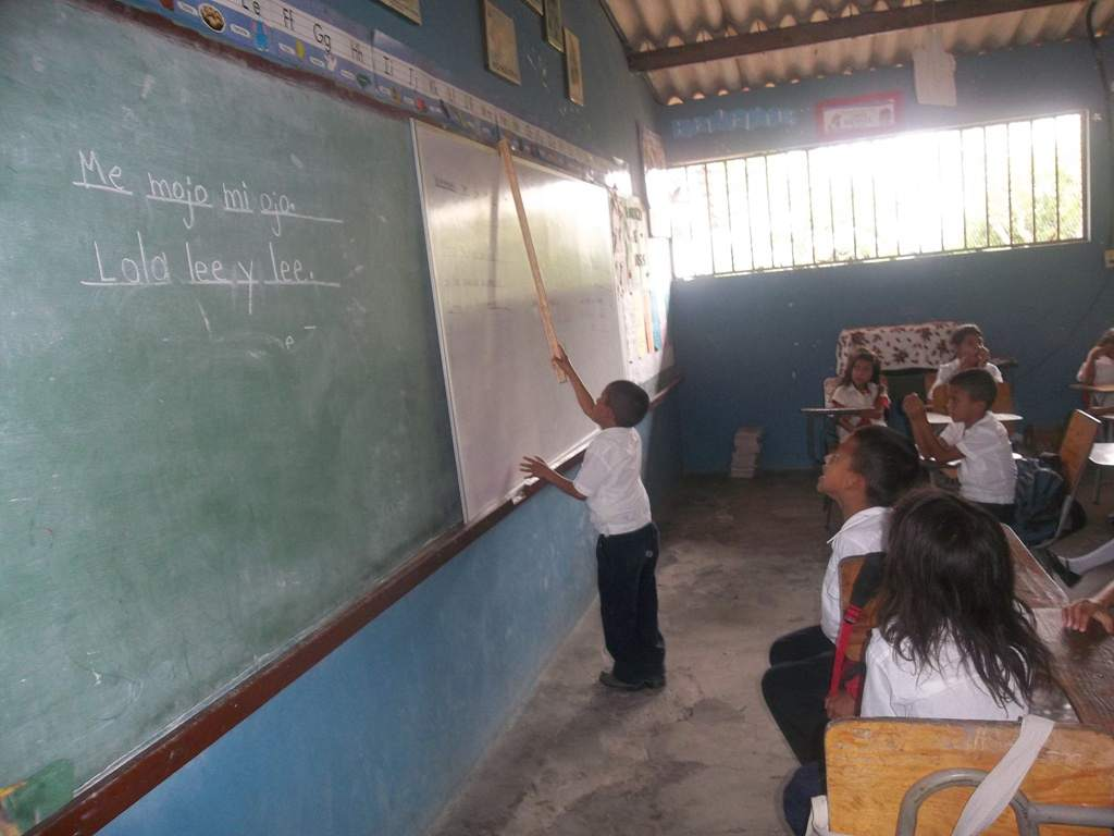 Escuelas en pésimo estado en Hoduras. Foto Radio HRN