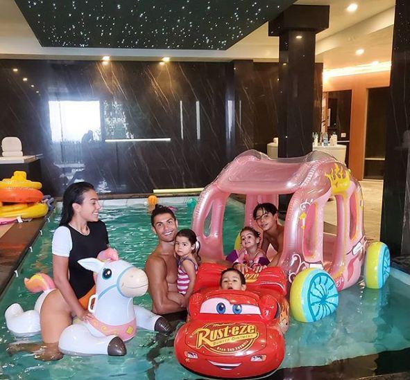 Así fue la divertida fiesta de Cristiano Ronaldo para celebrar el cumpleaños de sus hijos