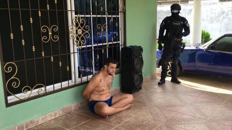 Detiene a hondureño