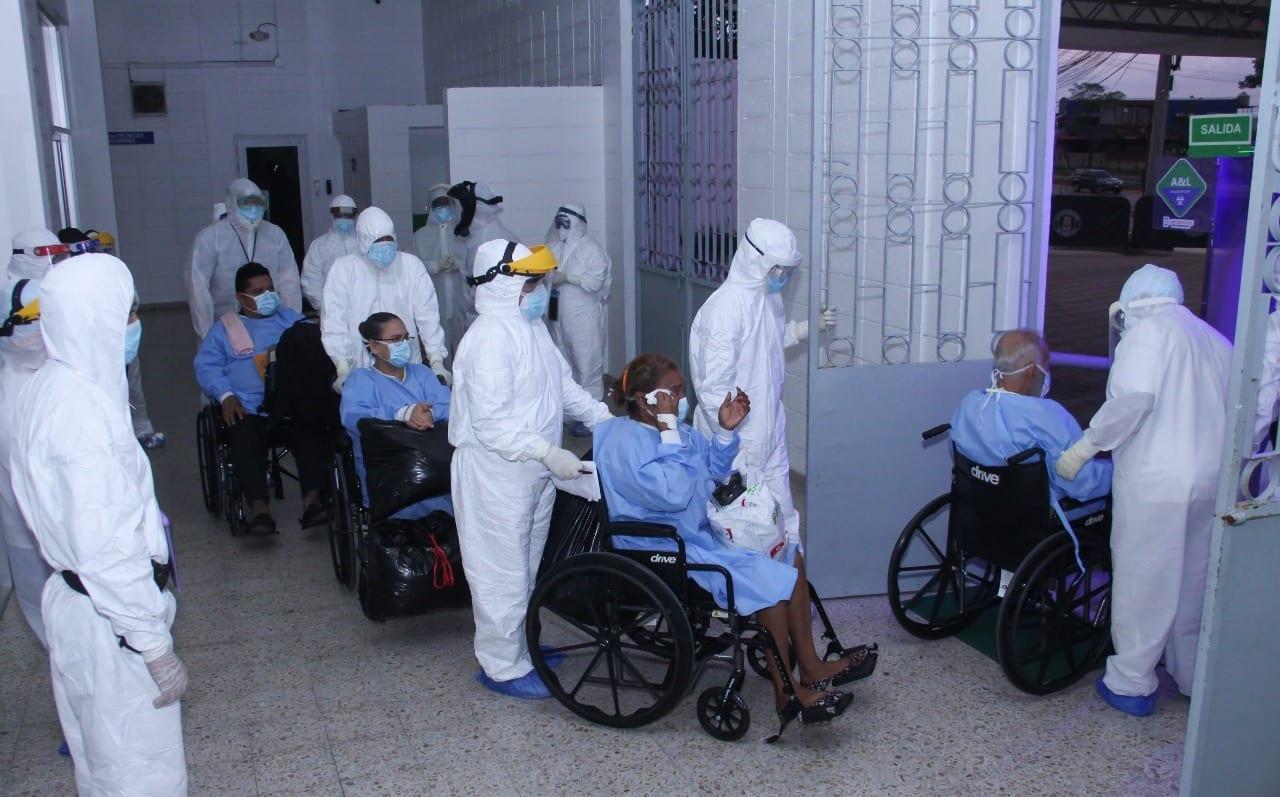 Pacientes recuperados de covid-19 en Honduras, relatan sus conmovedoras historias luego de ser dados de alta