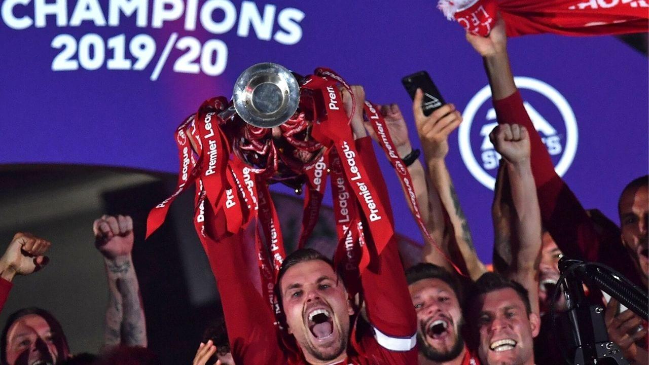 Liverpool festeja con júbilo el título de campeón de la Premier League