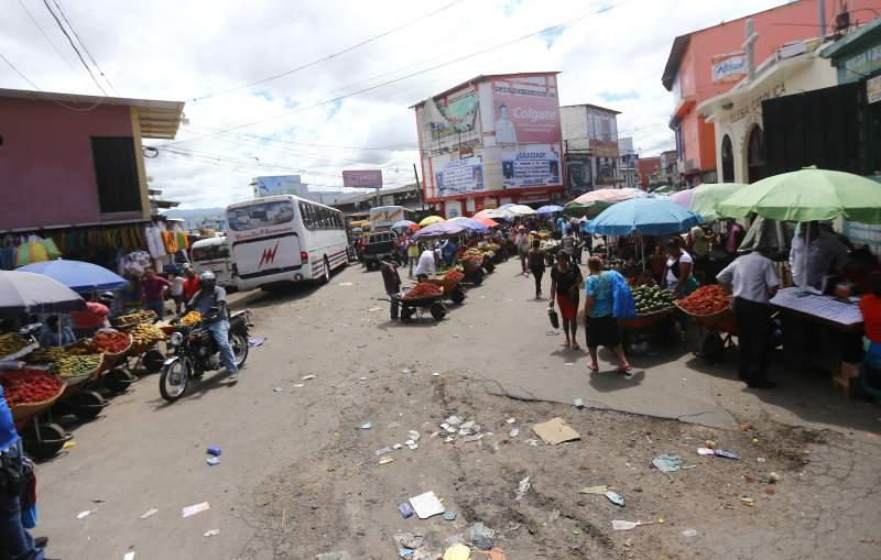 Honduras: Vendedores del Zonal Belén presentan propuesta para que les permitan reabrir el mercado