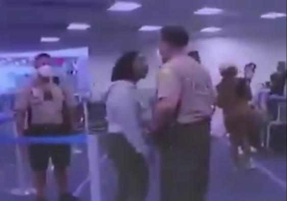 Policía de Miami dio brutal puñetazo en en la cara a una mujer y todo quedó grabado