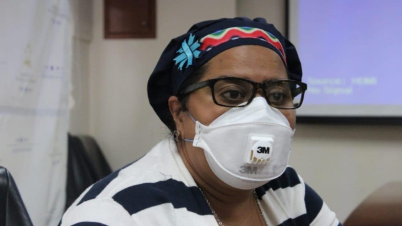 Karla Pavón a Ebal Díaz: deme los insumos y yo le doy respuesta de resultados de pruebas covid