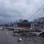 casas destruidas por paso de huracán