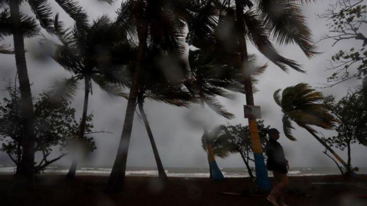 Unos 65 mil hondureños en riesgo ante la llegada del huracán Laura a Nueva Orleans, Estados Unidos