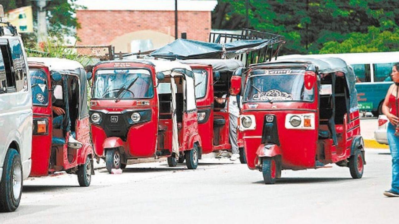 Mototaxistas exigen permisos al Instituto de Transporte para trabajar legalmente