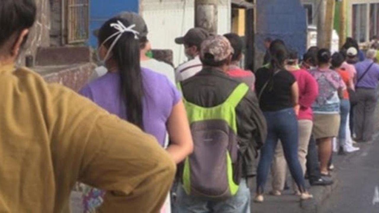 Empresarios hondureños proponen que se amplíe la circulación a dos dígitos por día
