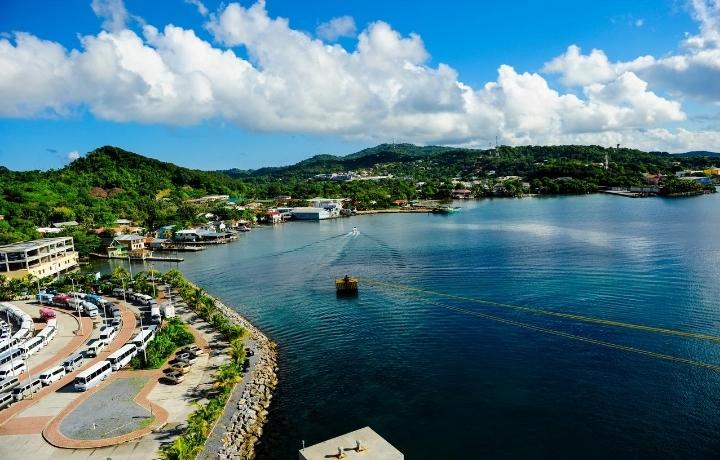 Islas de Bahía solicita al Sinager permitan ingreso de turistas con pruebas rápidas negativas
