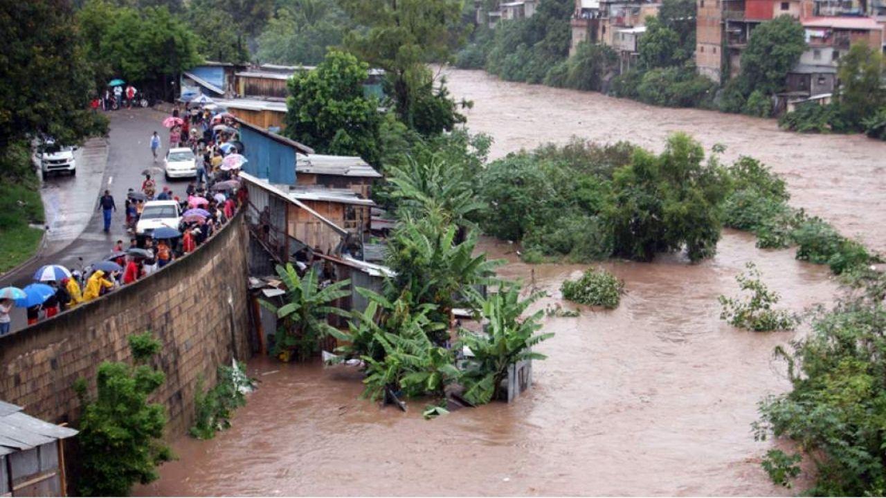 Cinco departamentos de Honduras bajo alerta verde por lluvias y riesgo a deslizamientos