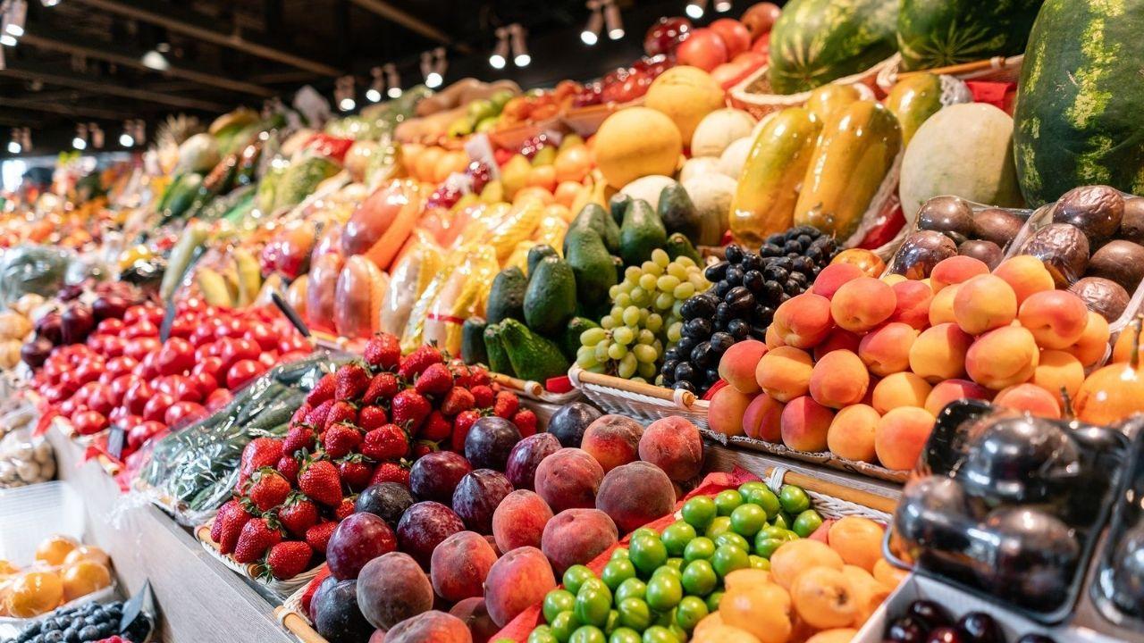 ¡Atención! Cinco alimentos que pueden debilitar nuestro sistema inmune, frente al covid-19, según estudio