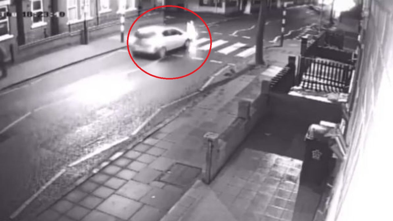 Mujer atropella a un anciano y se da a la fuga sin saber que se trataba de su suegro