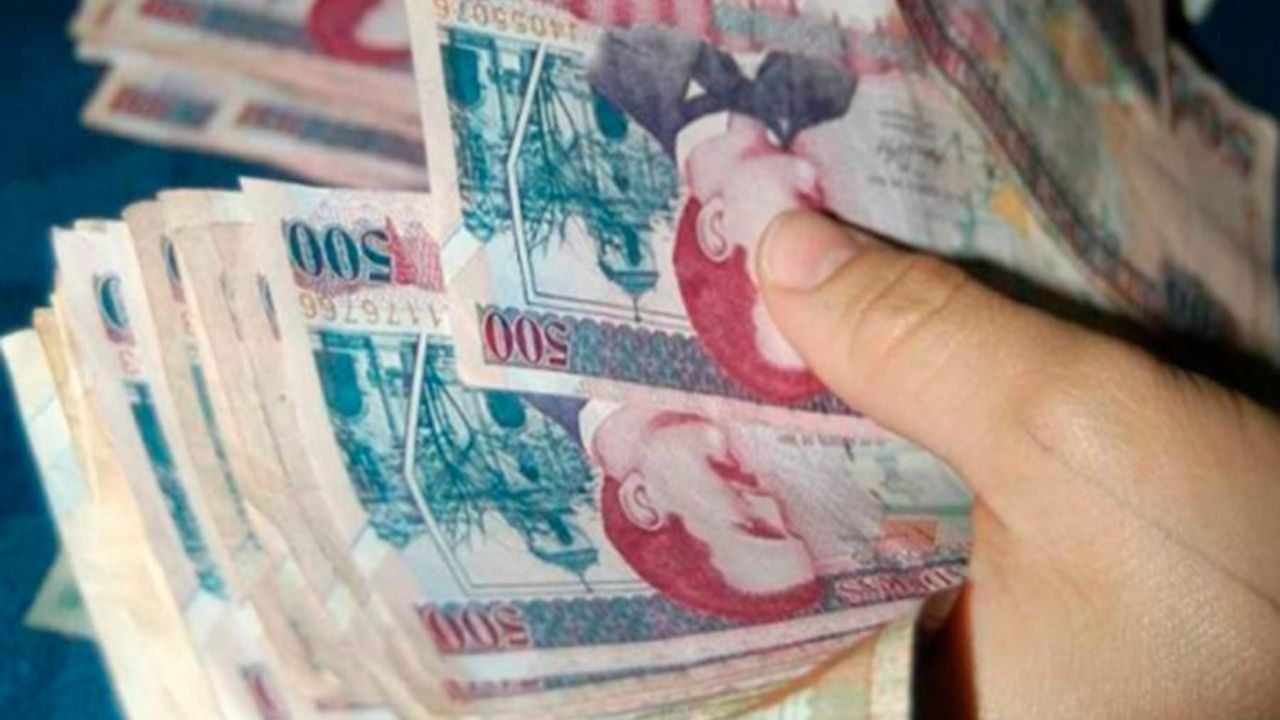 Más del 50 por ciento de impuestos que percibe el Estado de Honduras es para pagar sueldos a empleados públicos