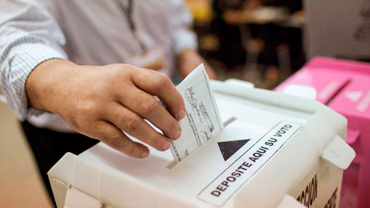 Salvador Nasralla logra la inscripción de su partido político ante el Consejo Nacional  Electoral