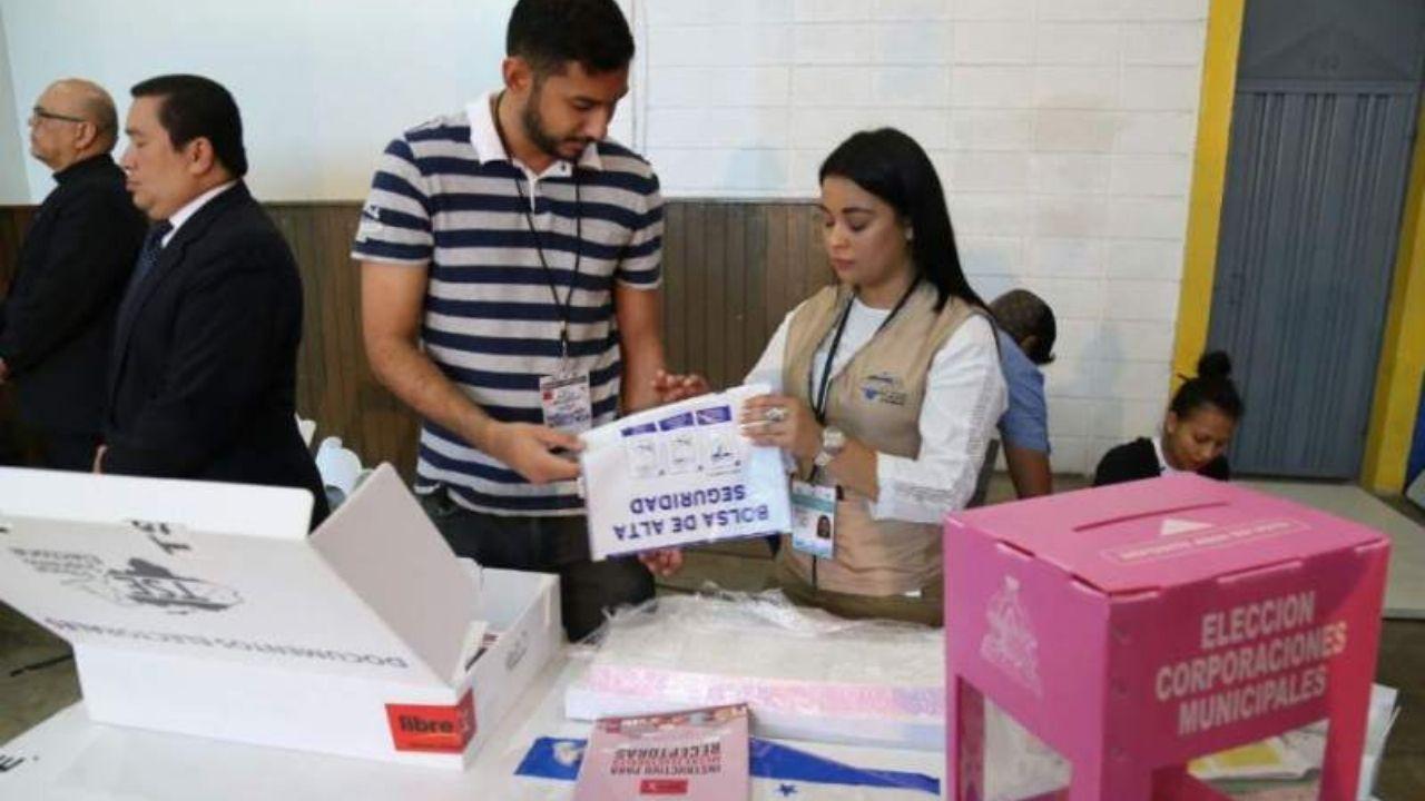 Editorial HRN: Juegos políticos y democracia en riesgo en Honduras