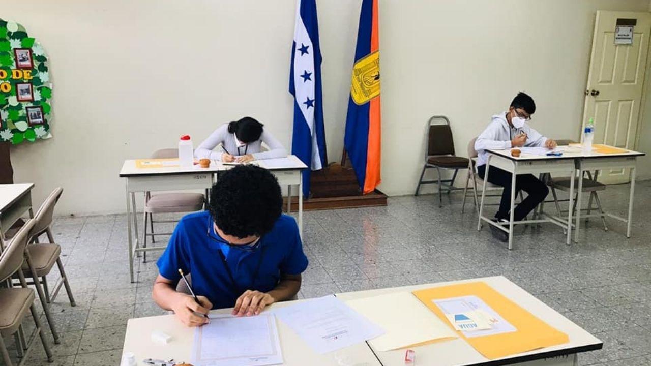 Honduras gana medalla de oro en Olimpiada Internacional de Matemáticas