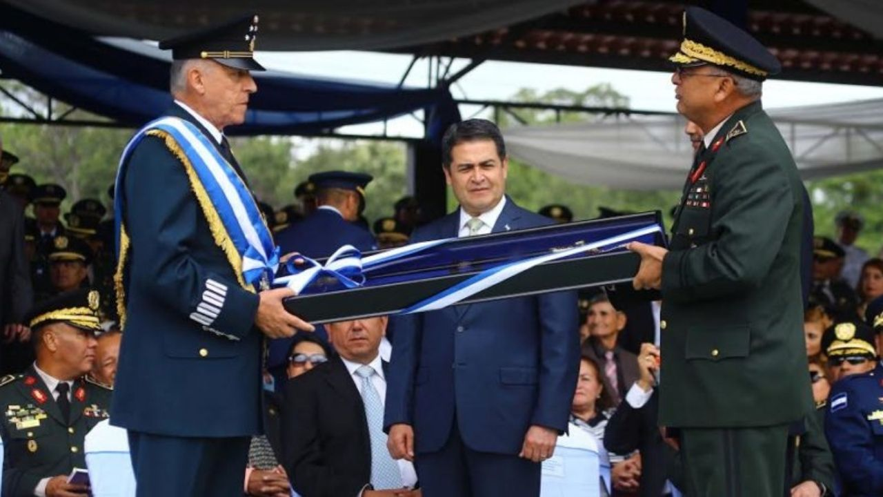 'Deberían tomar calmantes', aconseja abogado a hondureños que hicieron negocios con Cienfuegos, exministro mexicano capturado por narcotráfico