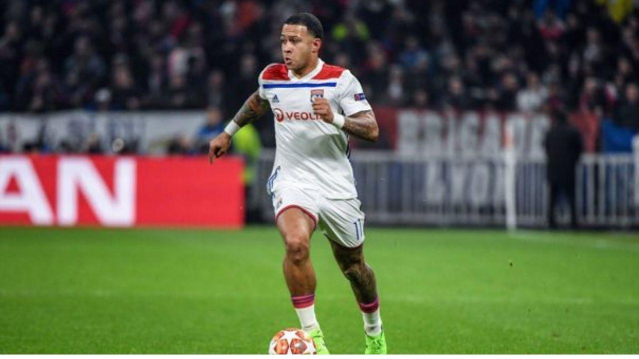 El Barcelona no pierde las esperanzas de fichar al delantero neerlandés Memphis Depay