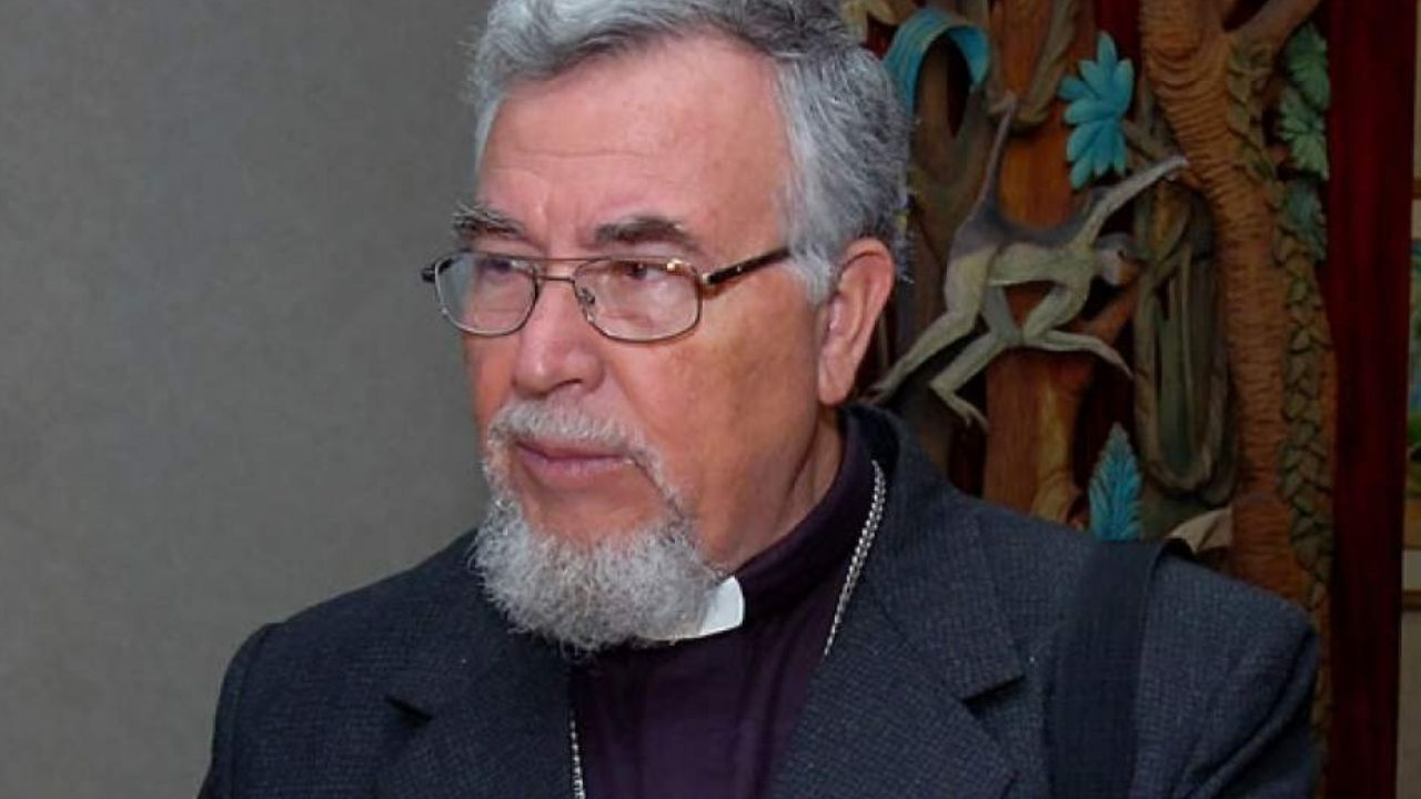 Monseñor Luis Alfonso Santos asegura que Juan Orlando Hernández trabaja como agente de la DEA