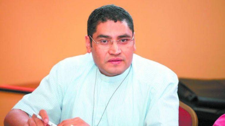 Sacerdote Carlos Rubio