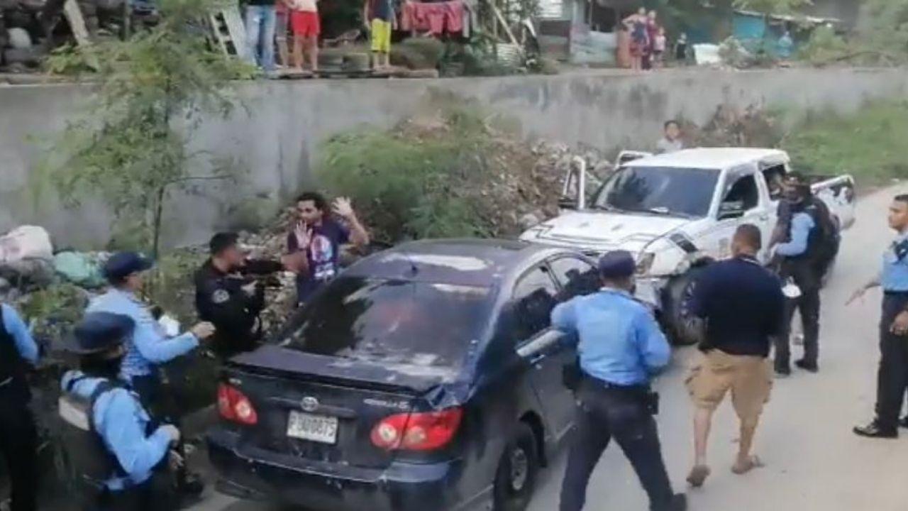 En vídeo queda momento en que policías hondureños capturan a supuesto ladrón de vehículos en Chamelecón