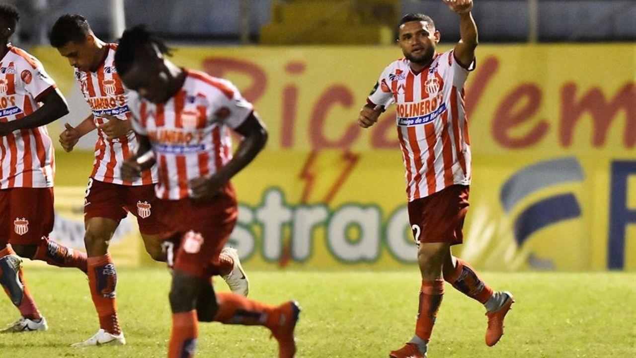 Vida afianza liderato de la zona norte tras vencer 6-1 a Real Sociedad