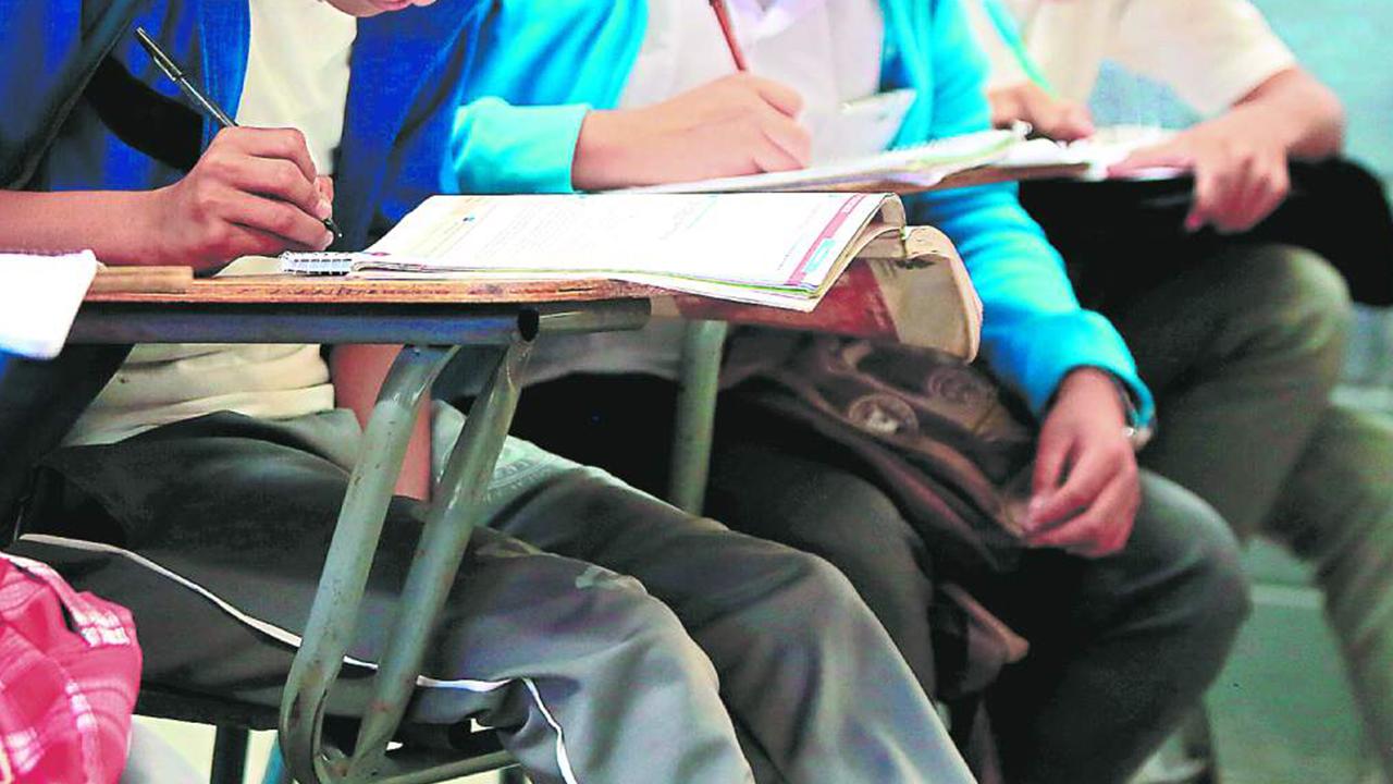 Educación revela cuándo será el retorno presencial a clases, en qué sectores y cómo funcionaría
