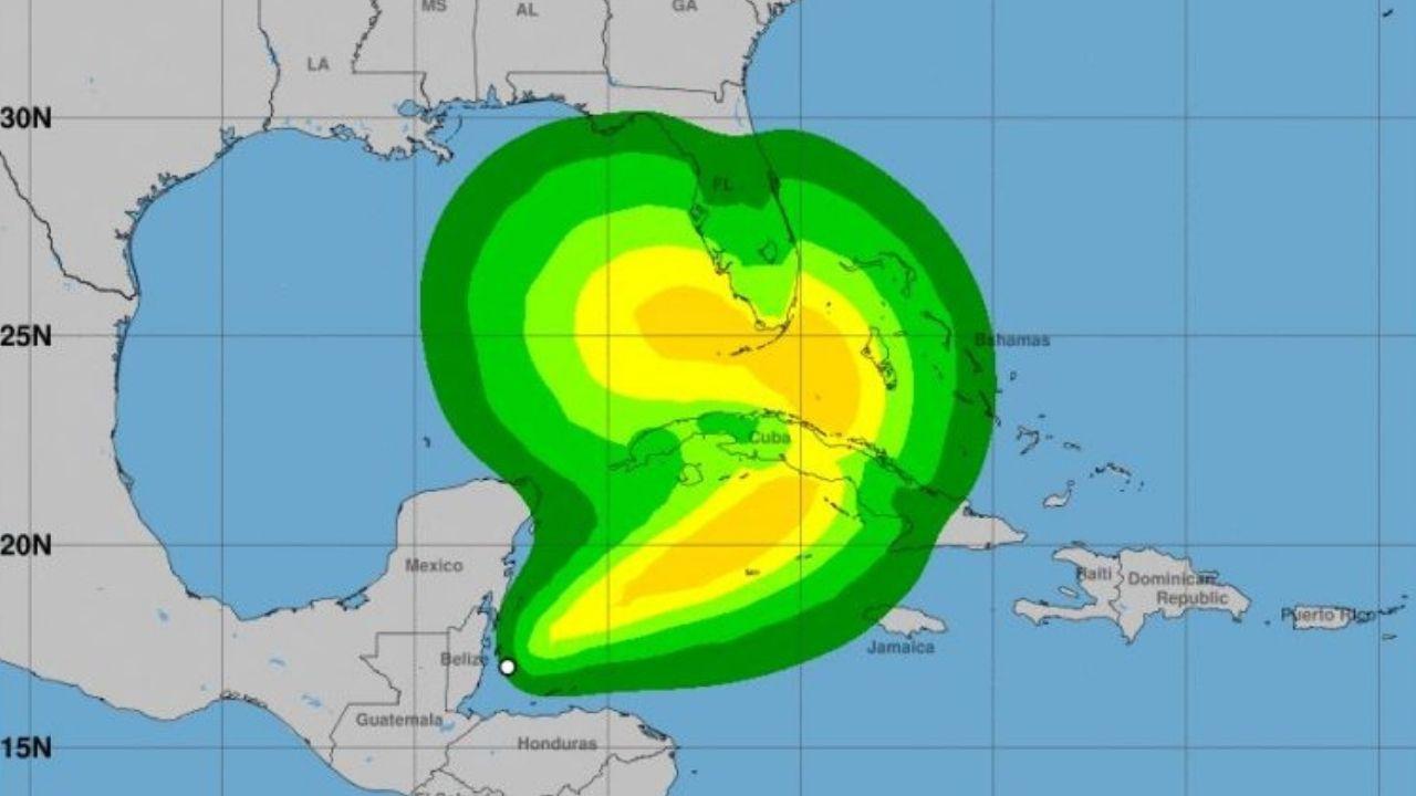 Eta se encuentra a 175 kilómetros de Roatán con Rumbo a Cuba ¿Todavía representa un peligro para Honduras?