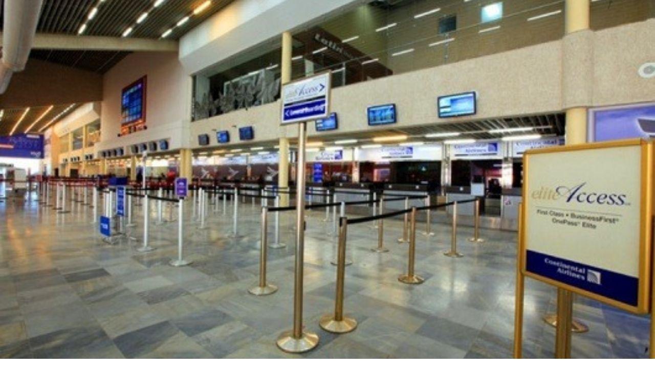 Vuelos internacionales se reanudan en el aeropuerto Ramón Villeda Morales en La Lima