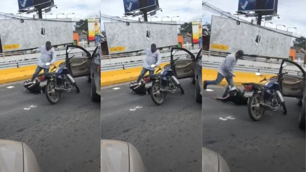 Honduras: Motociclista se le atraviesa en pleno bulevar a conductor y recibe tremenda paliza
