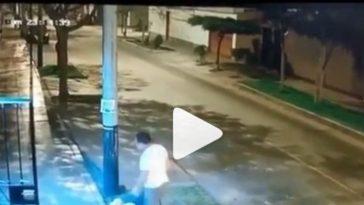 sujeto golpea a femina en peru