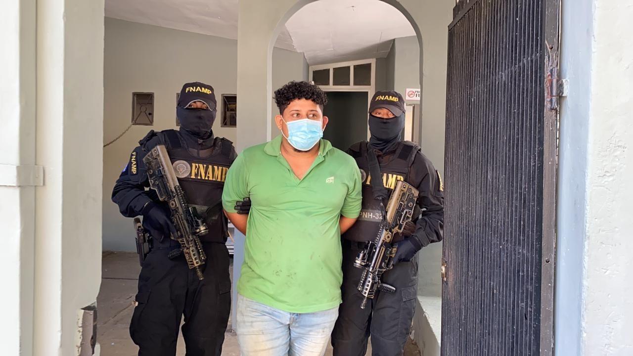 Capturan a alias 'El carnicero'; Policía lo vincula con cuerpos embolsados con rótulo 'extorsionador.com'