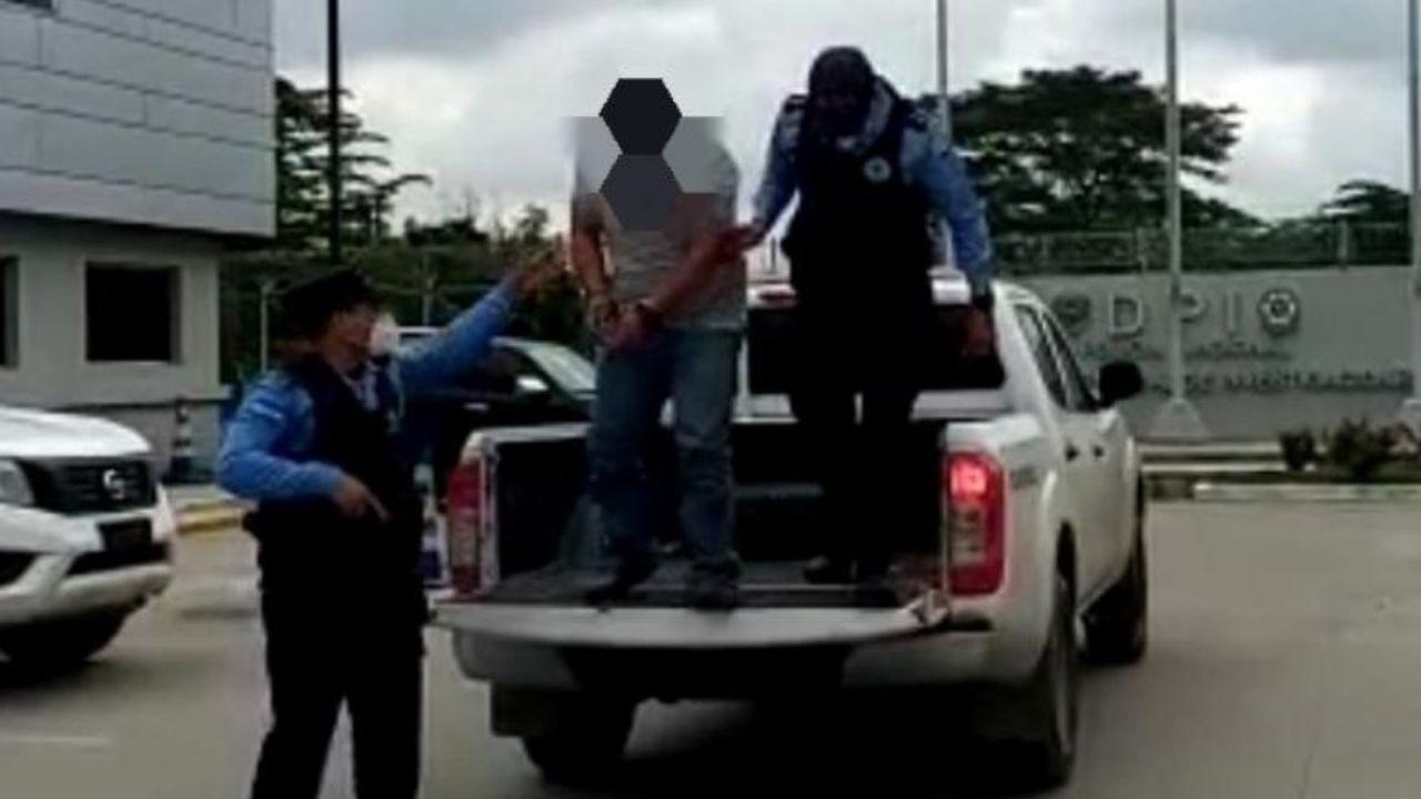 """Capturan a uno de los """"coyotes"""" más buscados en Honduras por tráfico de personas a nivel internacional"""