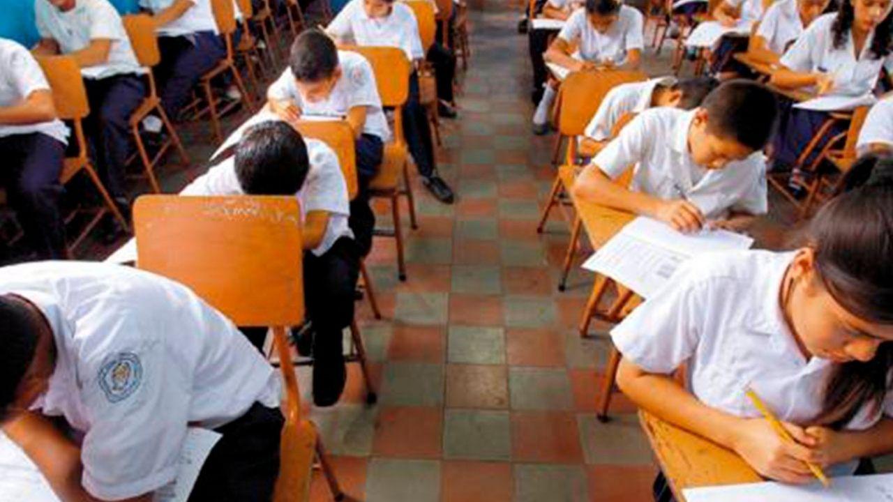 Honduras inicia año lectivo 2021 con el reto de reinsertar a 300 mil estudiantes que desertaron en 2020