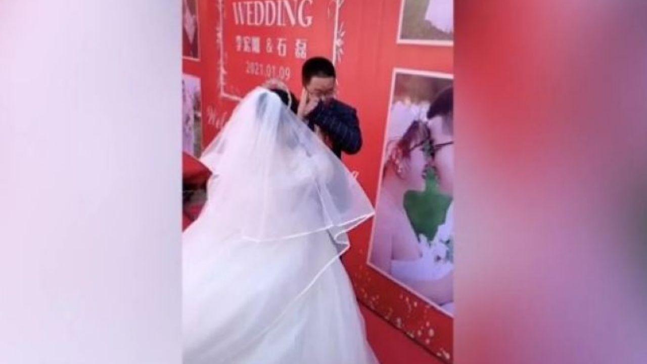 Hombre lloró desconsoladamente porque nadie asistió a su boda, todo quedó grabado