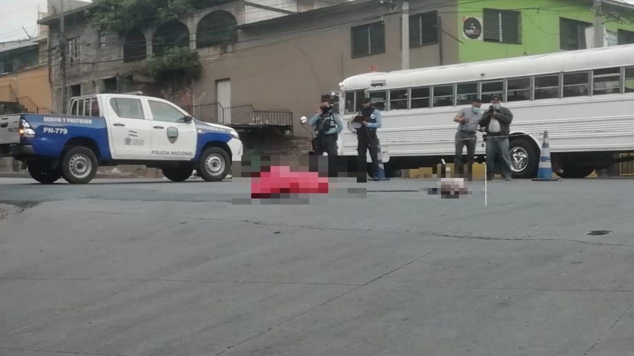 Partes de cuerpos humanos empaquetados fueron hallados en varias zonas de la capital