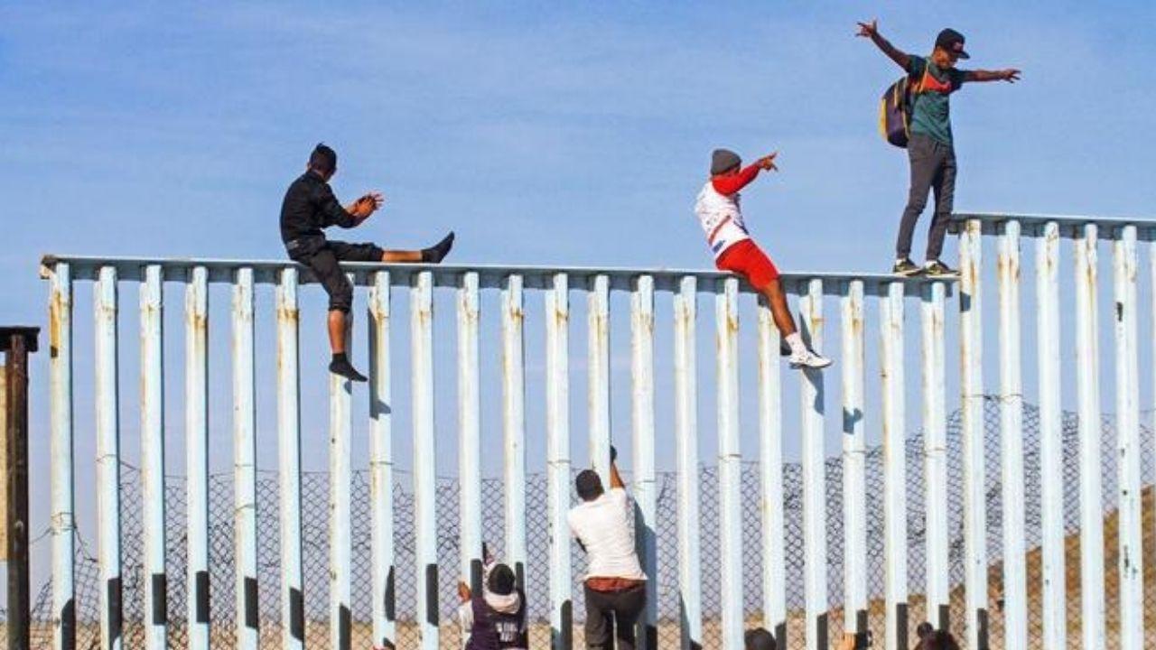 Gobierno de Biden reafirma compromiso migratorio pero el cambio tomará tiempo