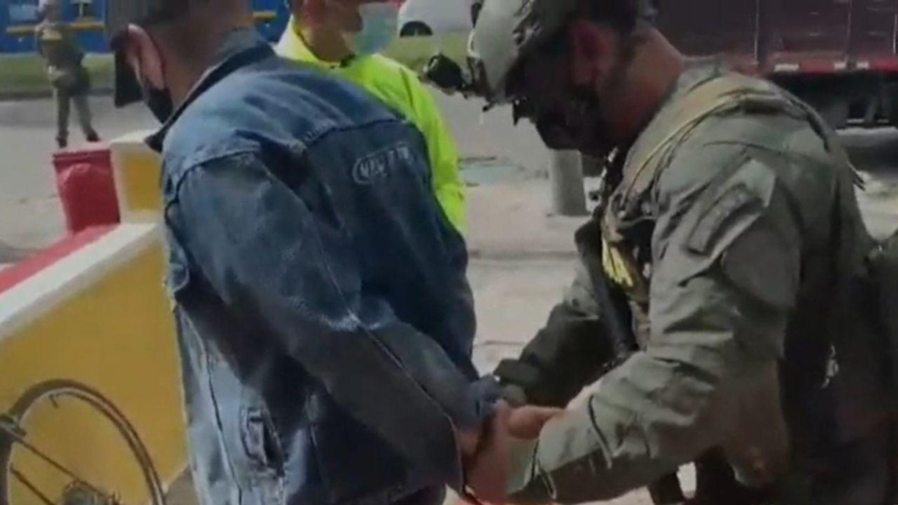 Falso pastor engañó por 5 años a feligreses mientras enviaba cocaína a Europa