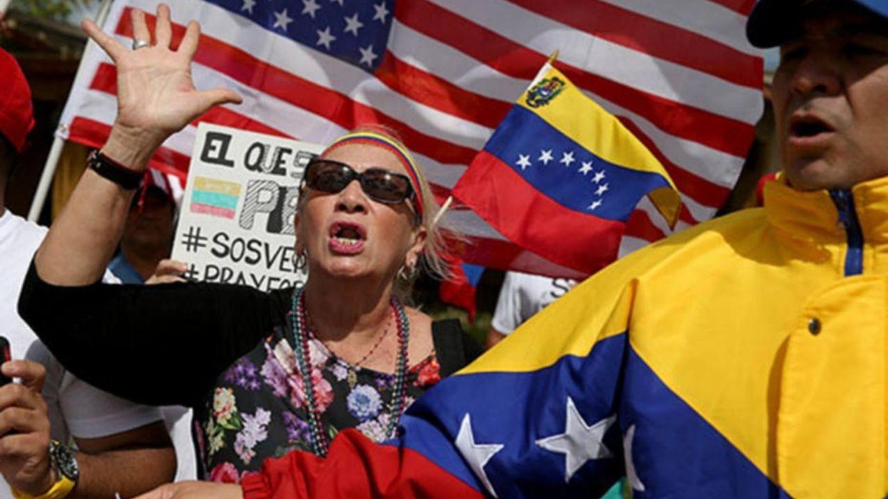 Trump suspende deportación de venezolanos y les concede permisos laborales